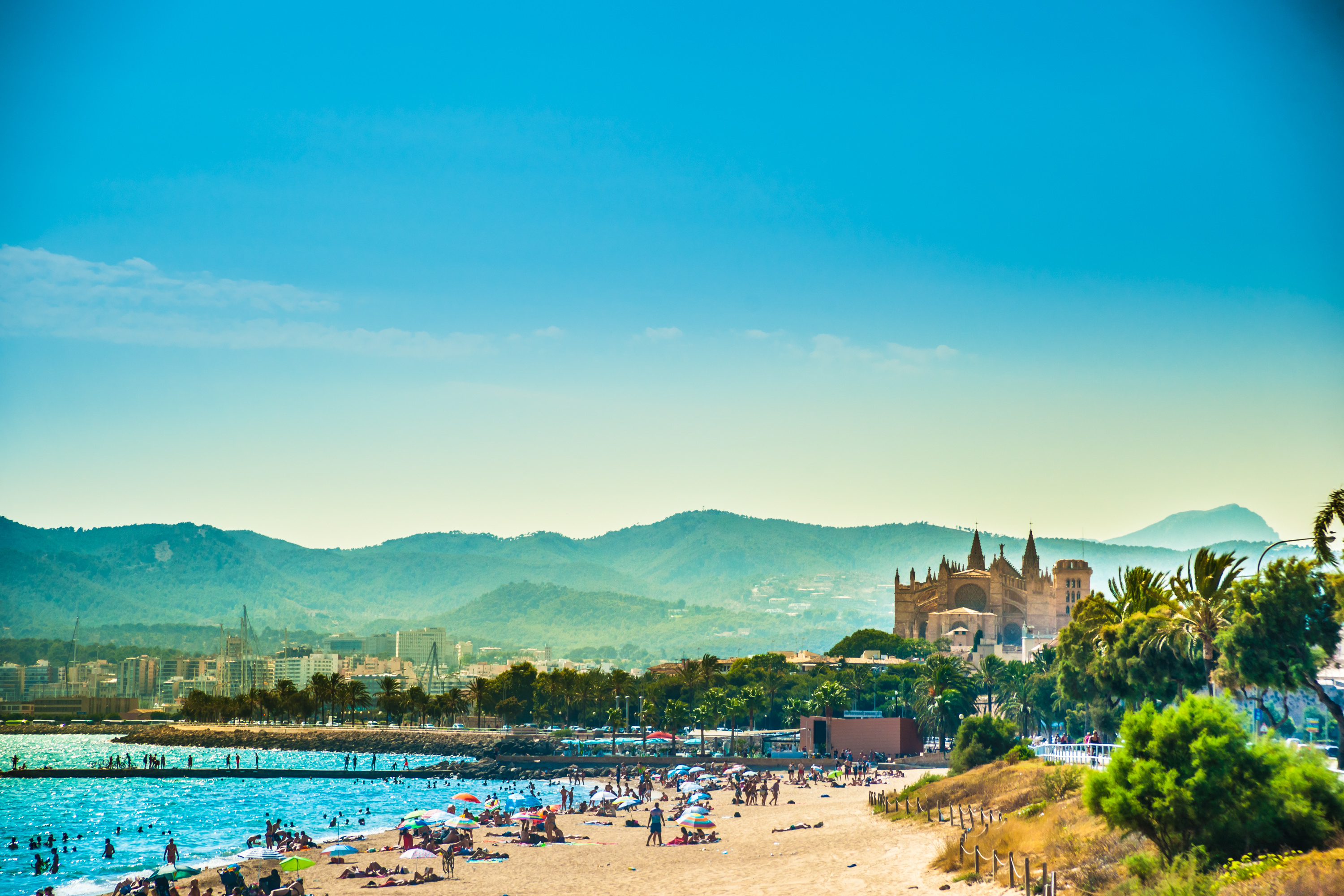 beach-club-palma-de-mallorca