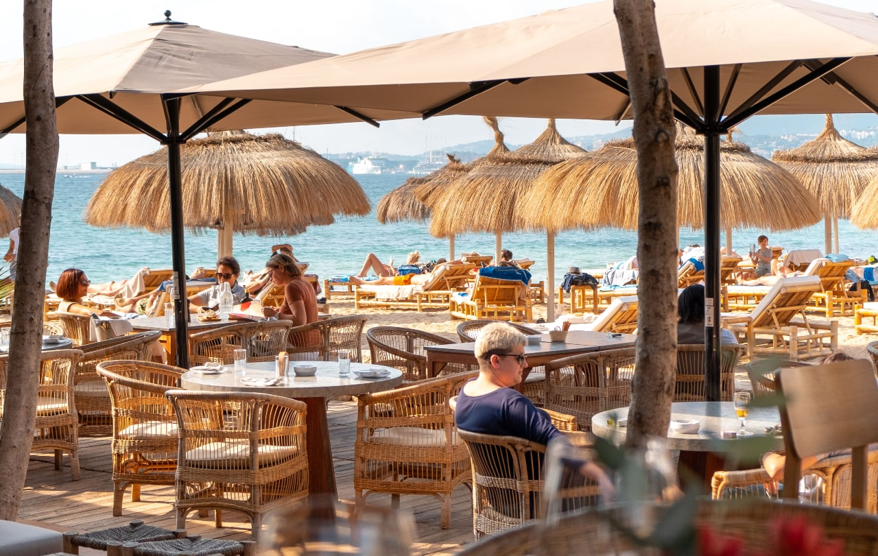 Assaona Gastrobeach Club, la terraza ideal para tus días de primavera