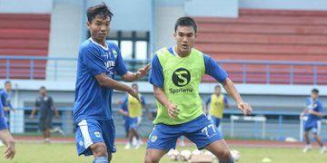 Zalnando melakukan sesi latihan bersama Persib Bandung di Sport Jabar Arcamanik, Bandung, Senin (20/