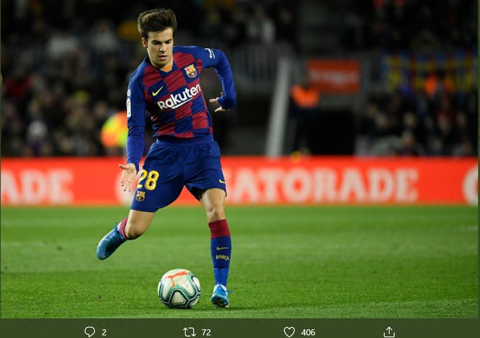Riqui Puig, made his La Liga debut at Camp Nou when Barcelona beat Granada 1-0 in the 20th week of the Spanish League, Sunday (19/1/2020).