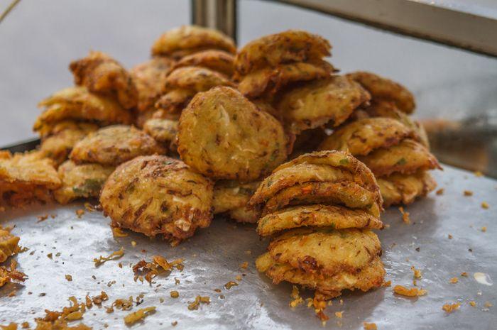 Bakwan menjadi salah satu makanan berbuka puasa yang digemari warga Indonesia