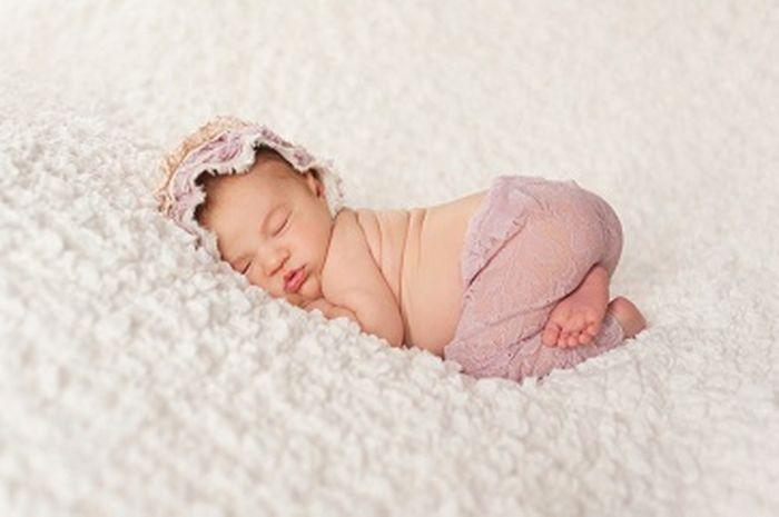 Gambar Bayi Tidur