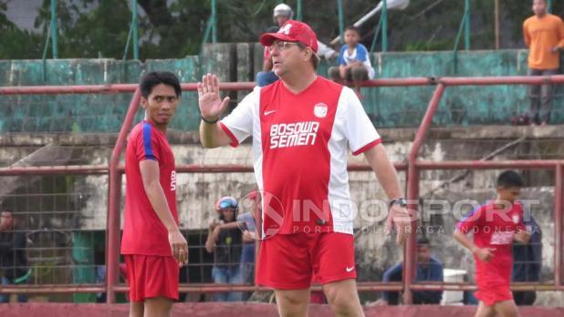 Indosport - Robert Alberts (pelatih PSM Makassar).
