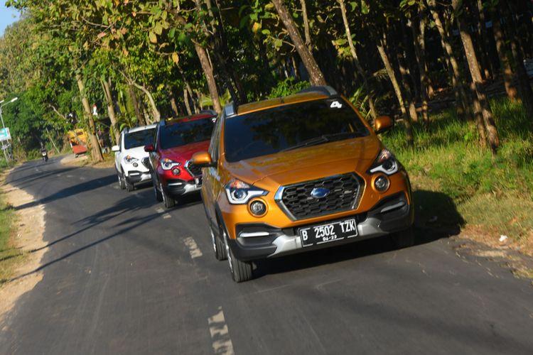 Datsun Cross tout en explorant les rues de Yogyakarta.