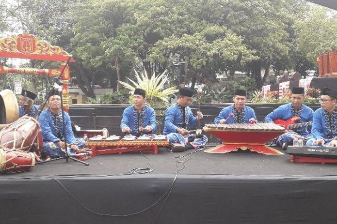 Sejarah Musik Gambang Kromong Halaman All Kompas Com
