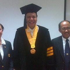 Chairul Tanjung Clip On High Chair Uk Raih Gelar Doktor Honoris Causa Dari Unpad Kompas Com Hc Kepada Pengusaha Media Massa Yang Sempat Menggebrak Dengan Buku Otobiografinya Berjudul Si Anak Singkong