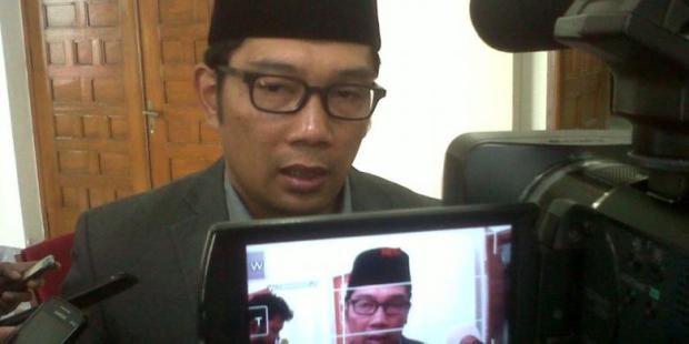 Emil Penuhi Panggilan Kejaksaan Tinggi Jawa Barat