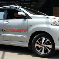 Grand New Veloz 2016 Harga Avanza G 2017 Bisnis Lancar Berkat Kompas Com Azwar Ferdian Kompasotomotif Ibu Nita Duduk Di Jok Pengemudi Toyota Miliknya
