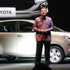 Diskon All New Kijang Innova Toyota Camry Malaysia Tanpa Tetap Untung Beli Kompas Com