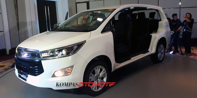 kelebihan dan kekurangan all new kijang innova diesel warna toyota grand avanza sampai kapan indonesia andalkan penggerak roda belakang febri ardani kompasotomotif model pamer