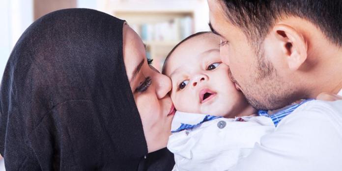 Hasil gambar untuk ibu ayah dan bayi