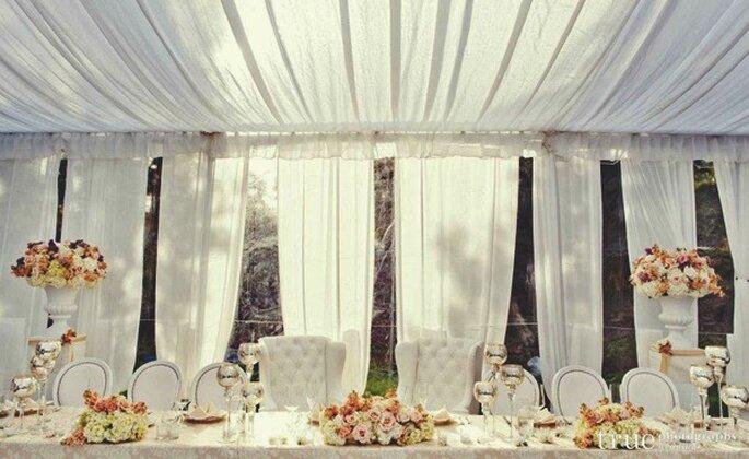 Zelte fr eine Hochzeit unter freiem Himmel
