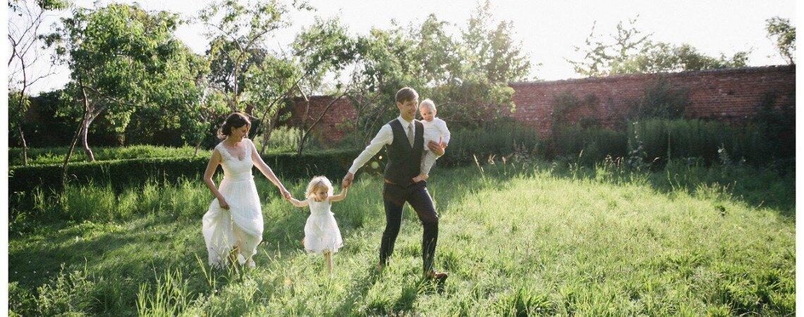 Entspannte Hochzeit in der Uckermark  Kathleen  Sven