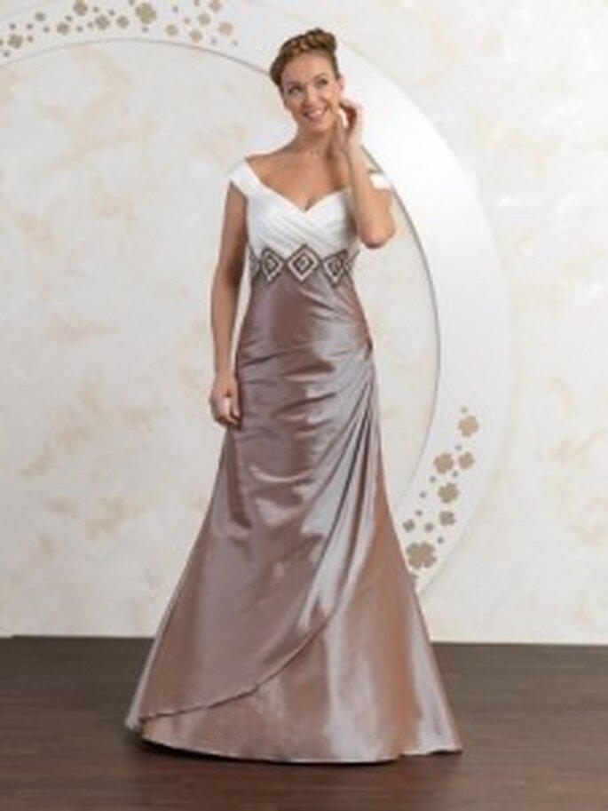 Farbige Brautkleider  Trend 2011 in der Brautmode