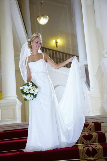Lia Brautmoden  Bewertungen Fotos und Telefonnummer