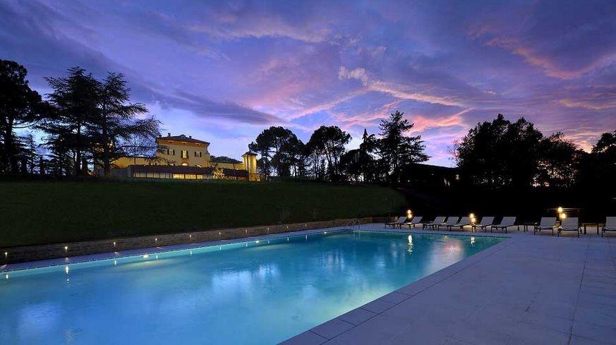 Palazzo di Varignana Resort  SPA  Recensioni foto e telefono