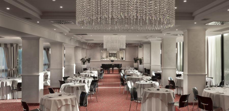 Hotel Sporting Rimini  Recensioni foto e telefono