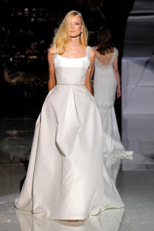 Wundervolle Brautkleider mit quadratischem Ausschnitt  Welches Modell passt zu Ihnen