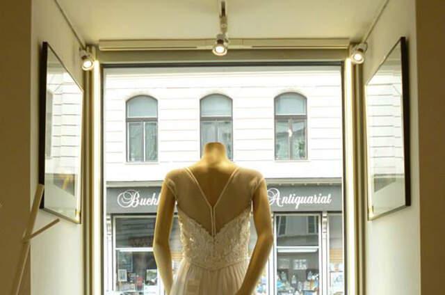 Brautkleider und Brautmode  Unsere Auswahl