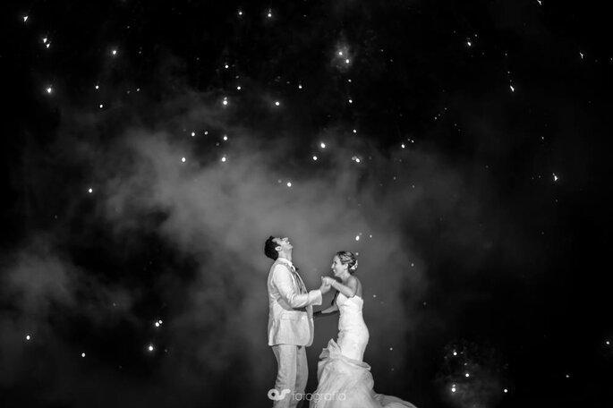 Cómo posar para las fotos de boda según los expertos - 11999833_862446650538013_2024879769530635719_o