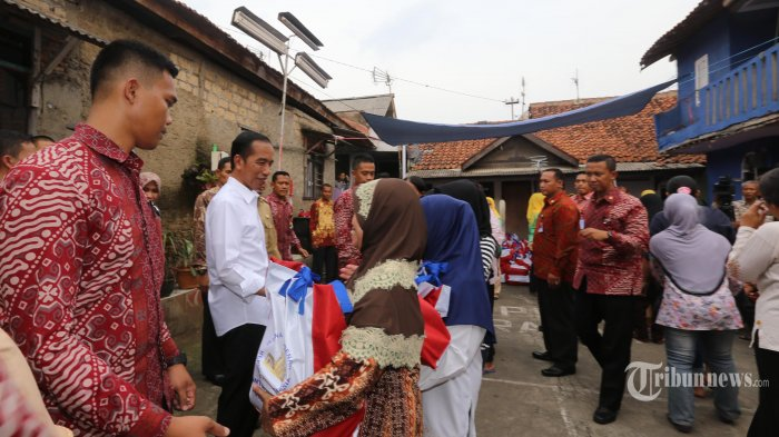 Mengapa Jokowi Tidak Hadir di Pelantikan Satgas Ekonomi?