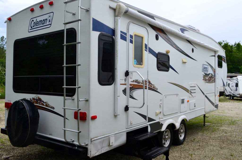 hight resolution of  used 2010 dutchmen coleman 259 fifth wheel rv for sale 0004 used 2010 dutchmen coleman 259 fifth wheel rv for sale 0004
