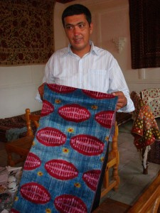 Uzbekistan ikat weaver