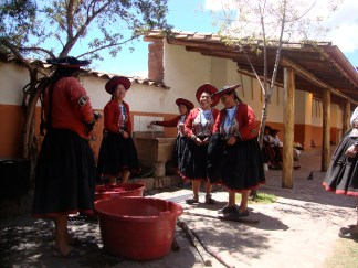 Clean up time after a natural-dye day in Chinchero.