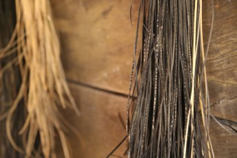 The natural dye, black rawai, is used for dyeing the rattan fiber.