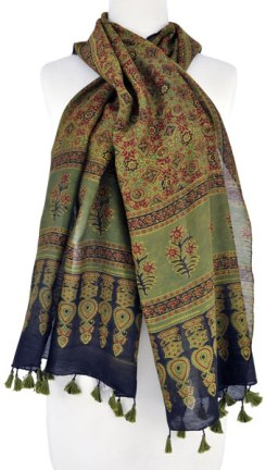 The deep red patterning in this Ajrakh scarf is from alizarin madder.