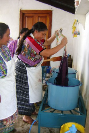 A natural dye class in action.