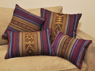 Inti-and-Tika_pillow
