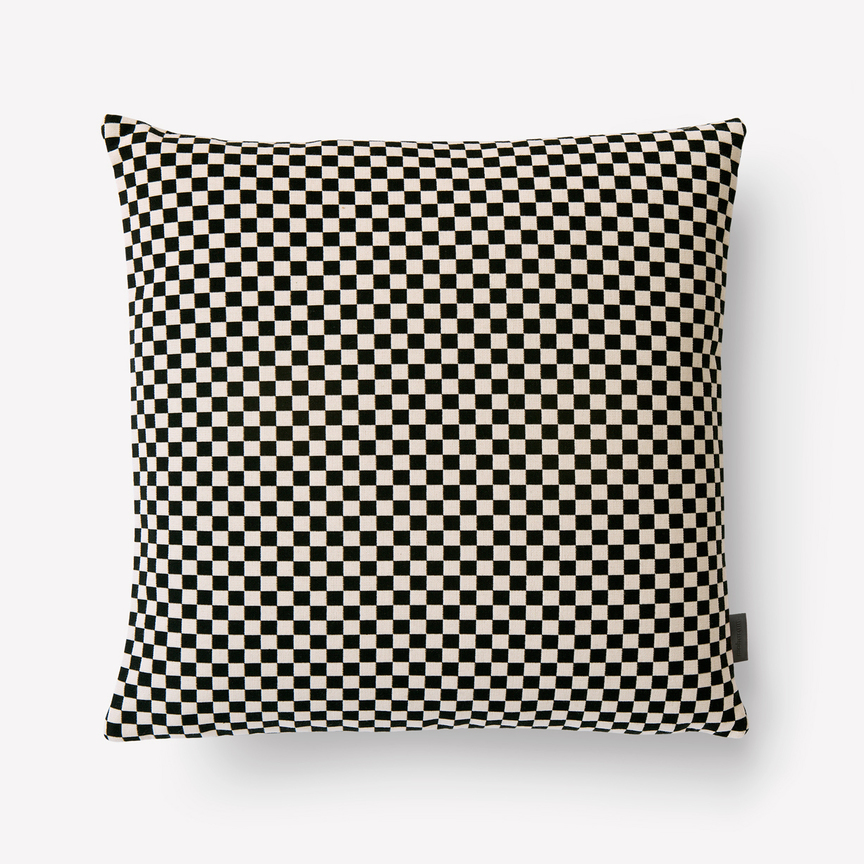 Maharam  Product  Pillows  Checker Pillow 008 BlackWhite