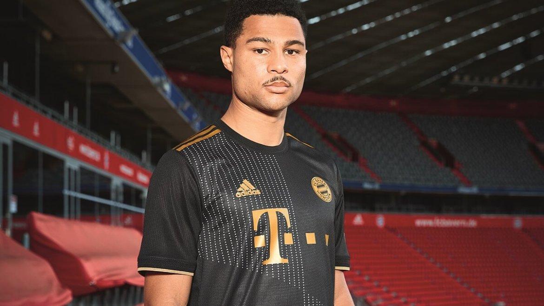 Camisa do Bayern de Munique 2022 (segundo uniforme)