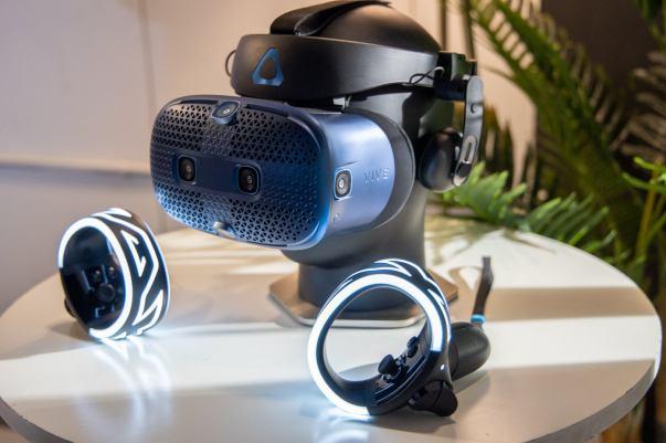Impresiones prácticas de HTC Vive Cosmos 2