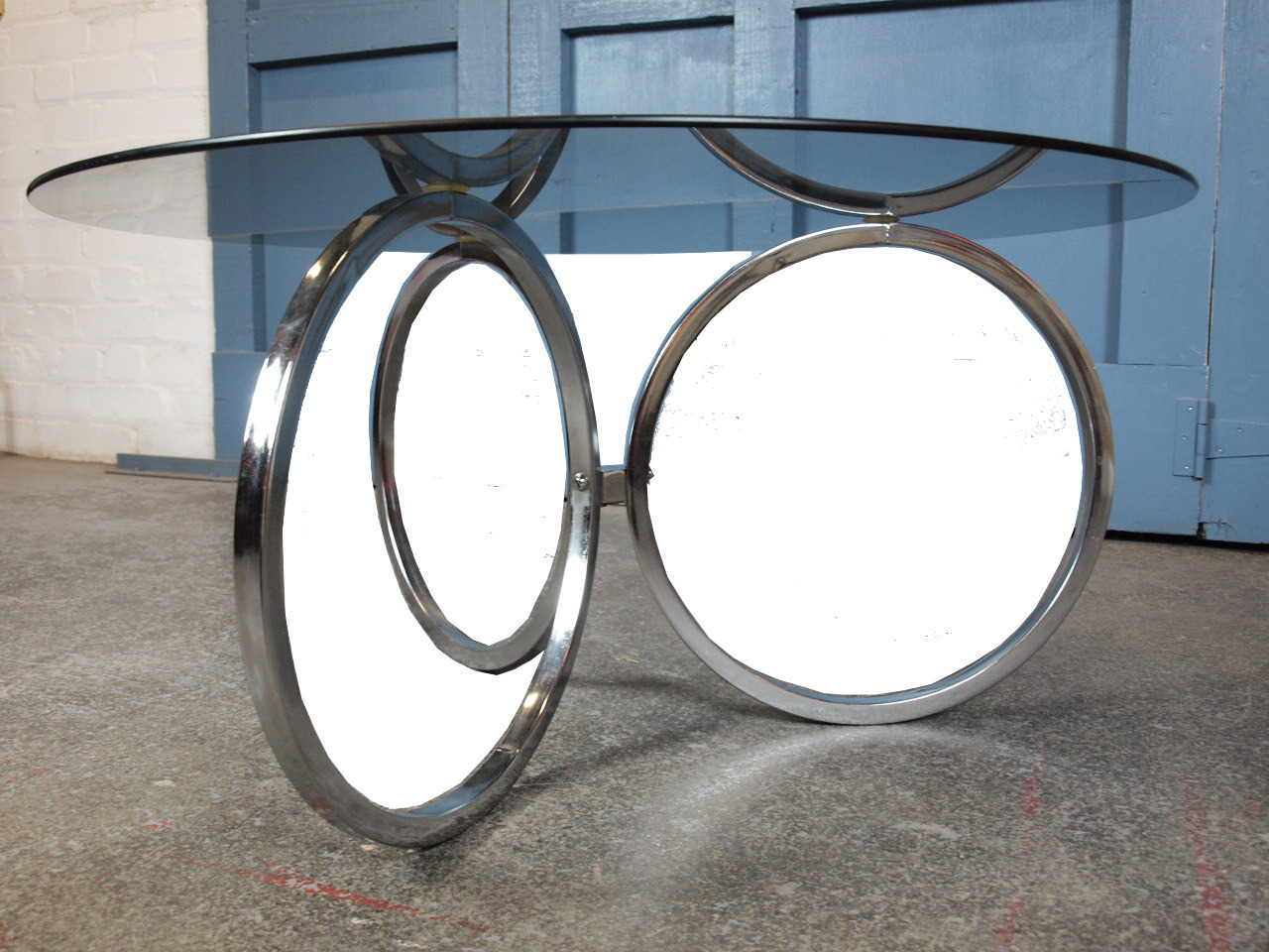 Mid Century Vintage 1960s Round Chrome And Glass Coffee Table
