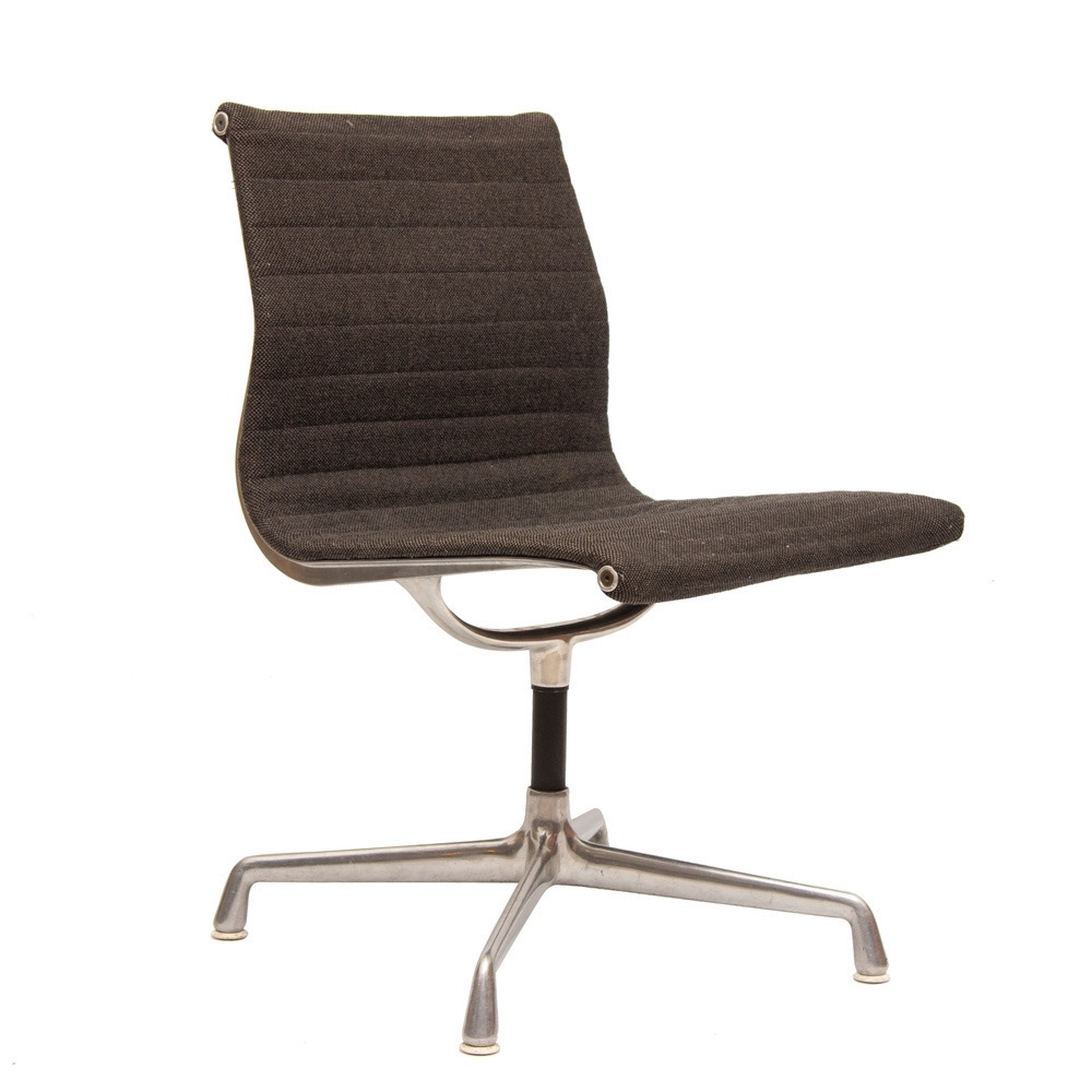 Eames Desk Chair Charles Eames Office Chair By Vitra C 1960