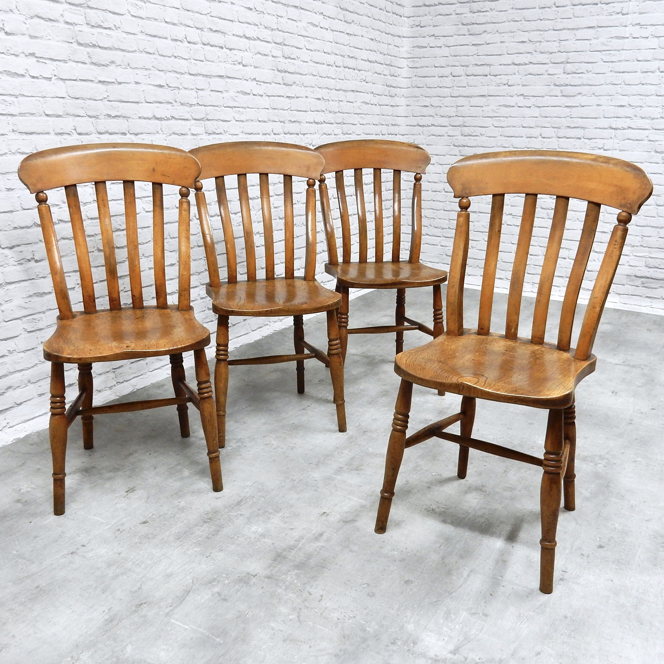 Set Of 4 Kitchen Chairs Set Of 4 Antique Kitchen Chairs
