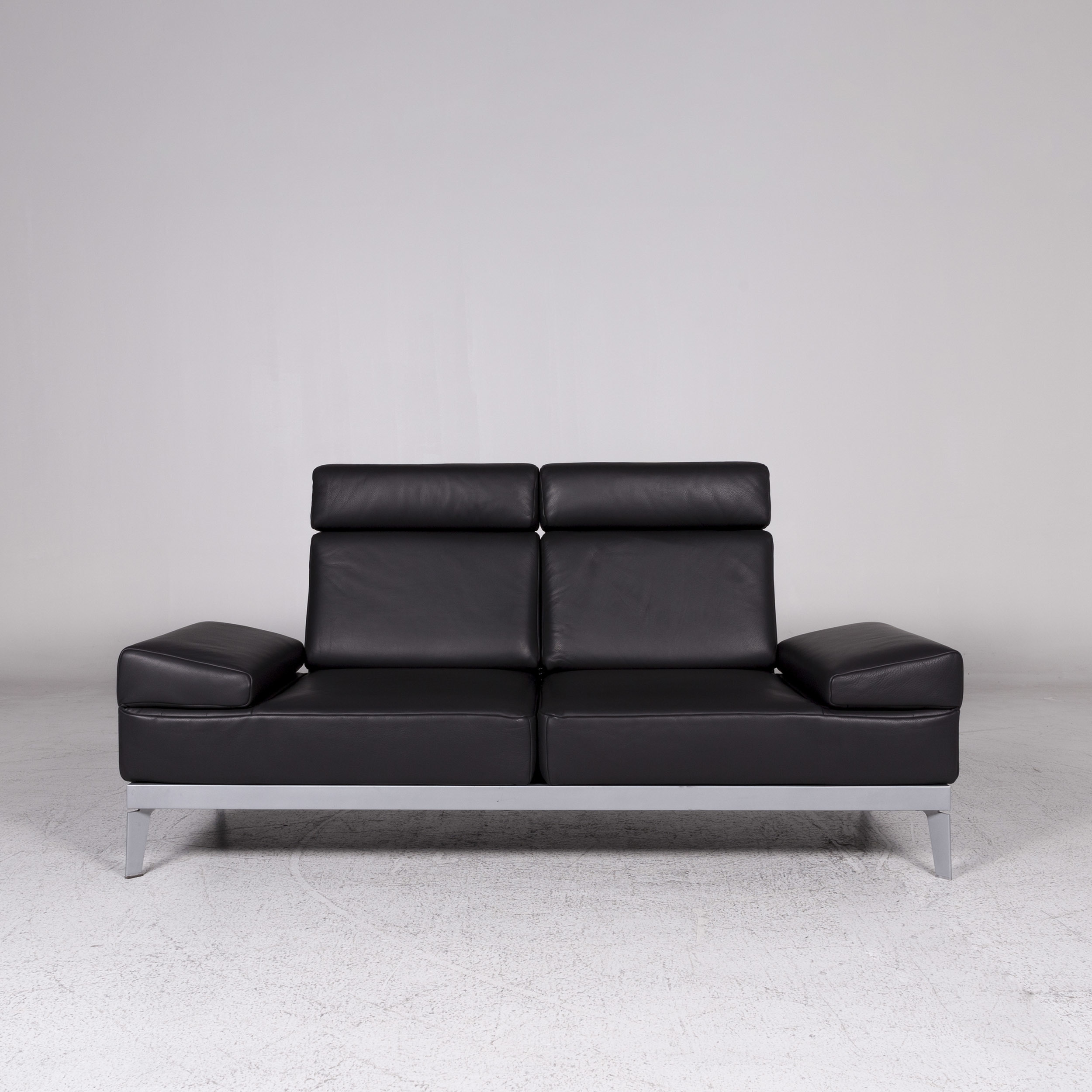 Benz Sofa Mera