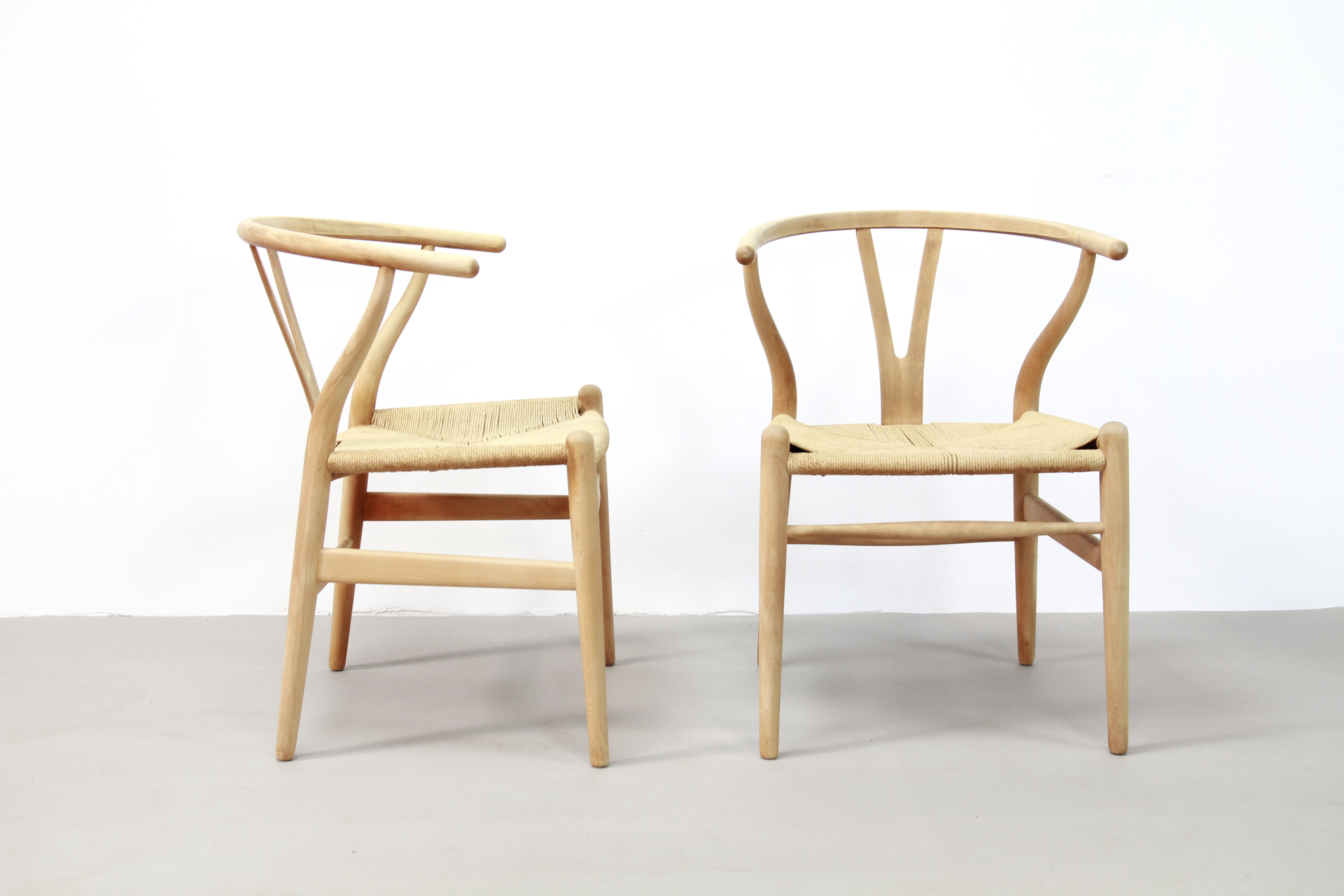 Wishbone Chairs Set Of 4 Hans Wegner Wishbone Chairs By Carl Hansen And Son Model Ch24