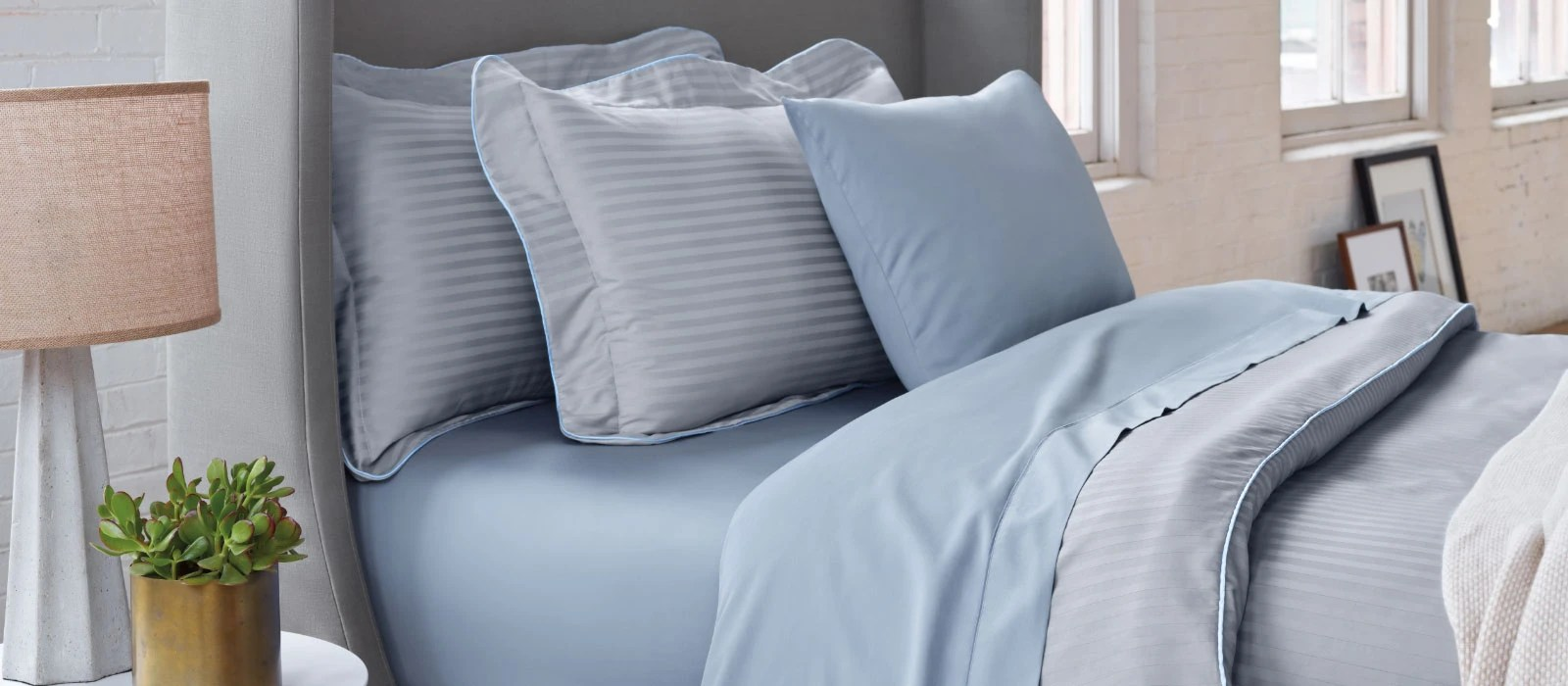 Egyptian Cotton Duvet and Shams  TempurPedic
