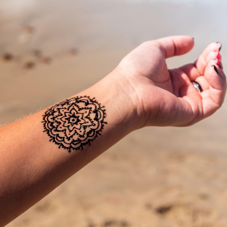 Tatuajes De Mandalas Para Mujeres Y Su Significado Foto Enfemenino