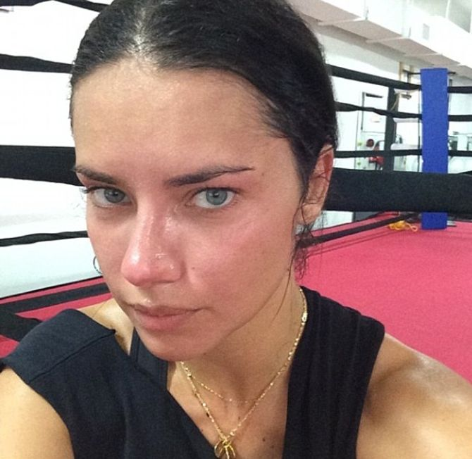 Adriana Lima sans maquillage, ça donne ça (Photos)