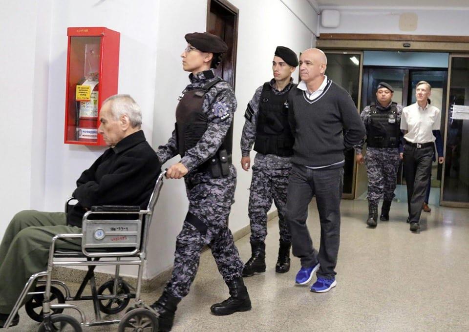Argentine: 2 prêtres catholiques condamnés à plus de 40 ans de prison chacun