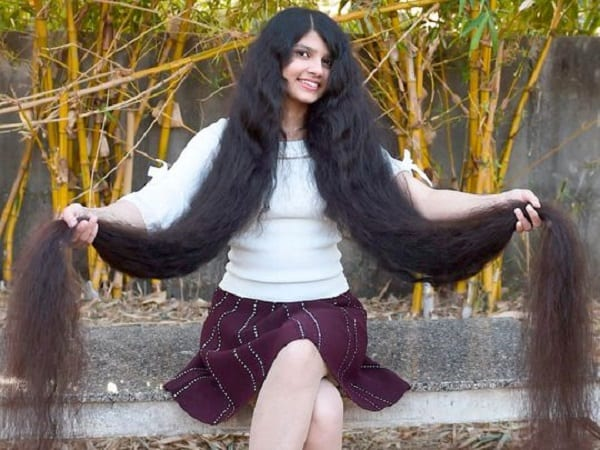 17-year-old girl holds Guinness World Record for longest hair: photos