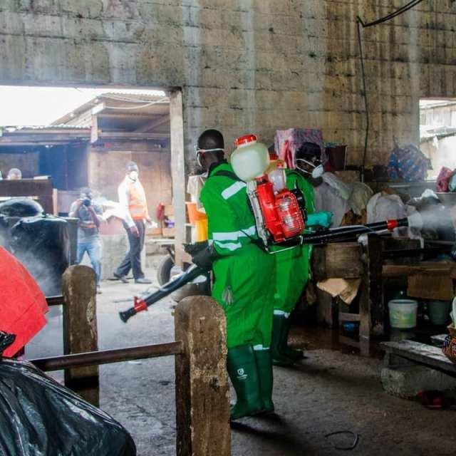 Ghana: les autorités pulvérisent les marchés et autres lieux publics d'Accra