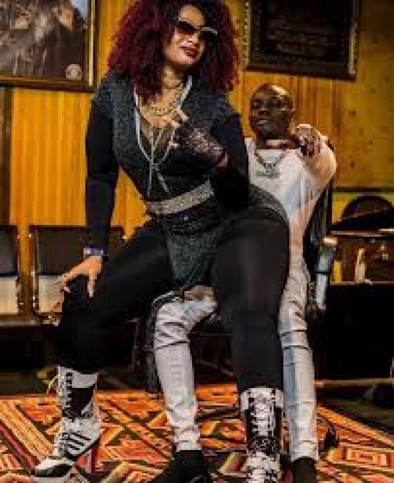 L'Ivoirienne Maty Dollar soutient Sidiki Diabaté et se fait lyncher sur la toile