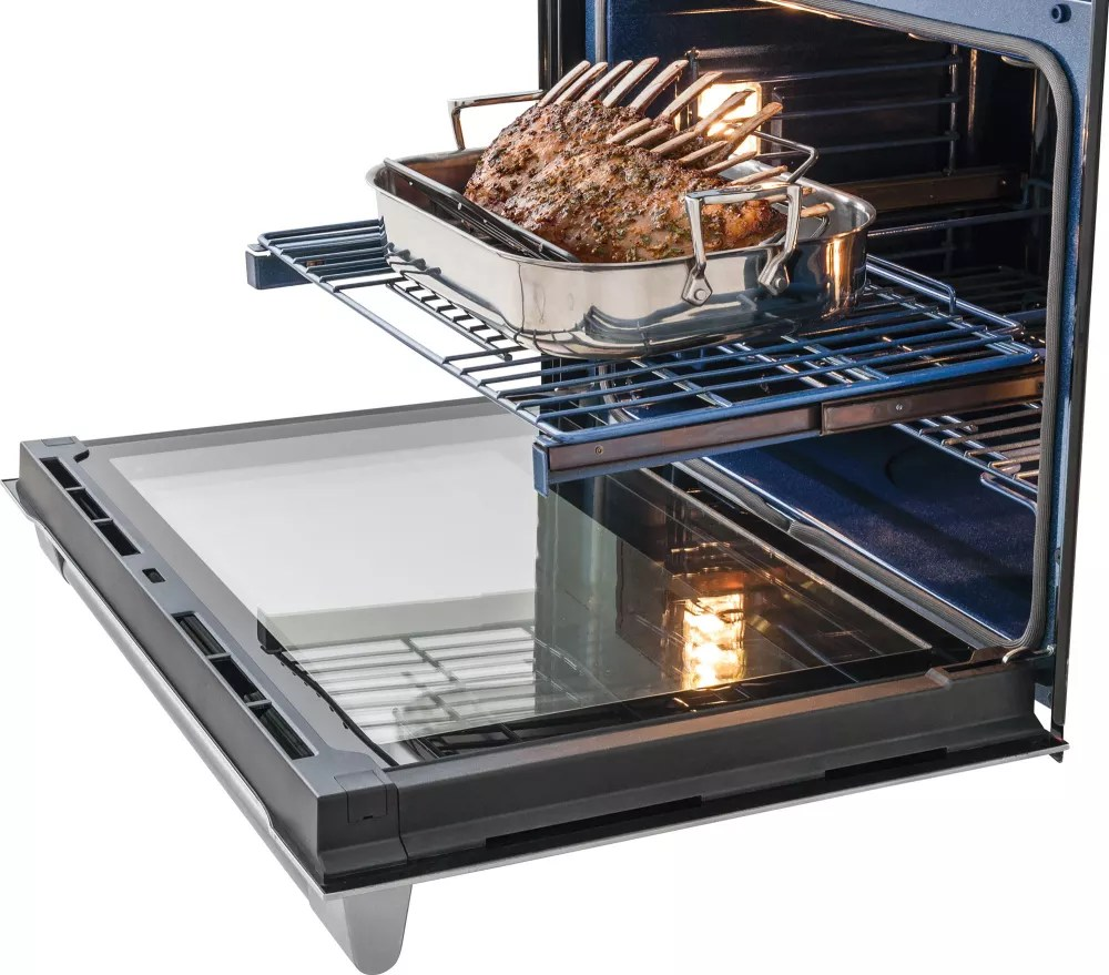 hight resolution of  electrolux icon professional e30ew75pps self cleaning racks during self cleaning cycle