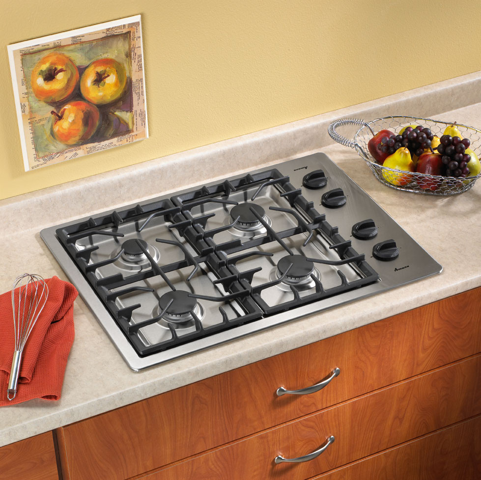 Amana AKS3040BSS 30 Inch Gas Cooktop with Continuous CastIron Grates and Simmer Settings