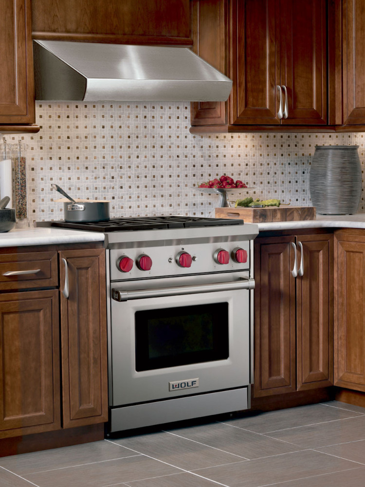 Wolf GR304 30 Inch ProStyle Gas Range with 4 DualStacked